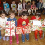 В очакване на подаръците… и след това
